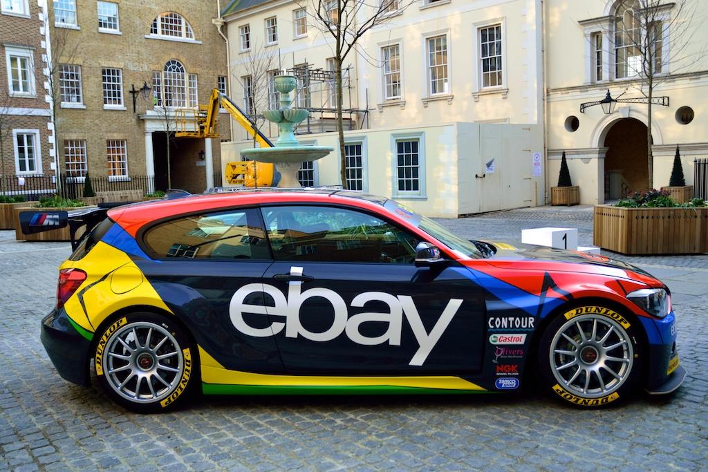 Close up on West Surrey Racing\'s BMW 125i - TouringCarTimes