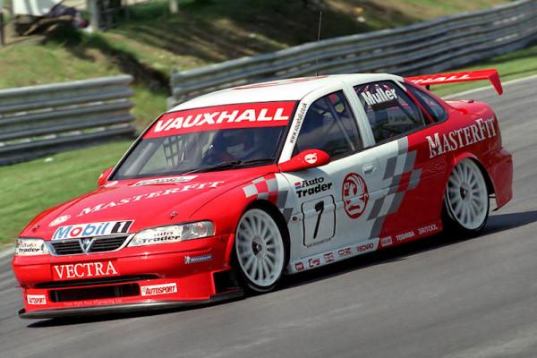 #7 Yvan Muller (F). Vauxhall Motorsport. Vauxhall Vectra.