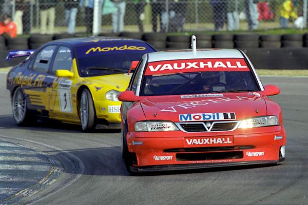 #5 Jason Plato (GB). Vauxhall Motorsport. Vauxhall Vectra.