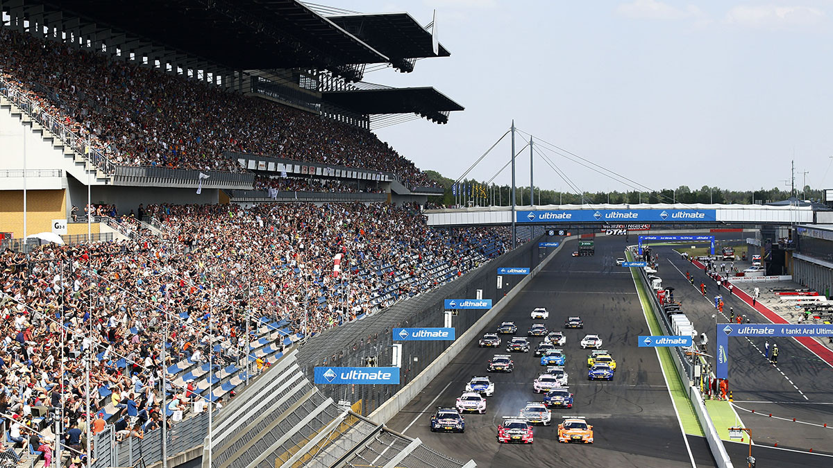 dtm lausitzring preview action and excitement at the. Black Bedroom Furniture Sets. Home Design Ideas