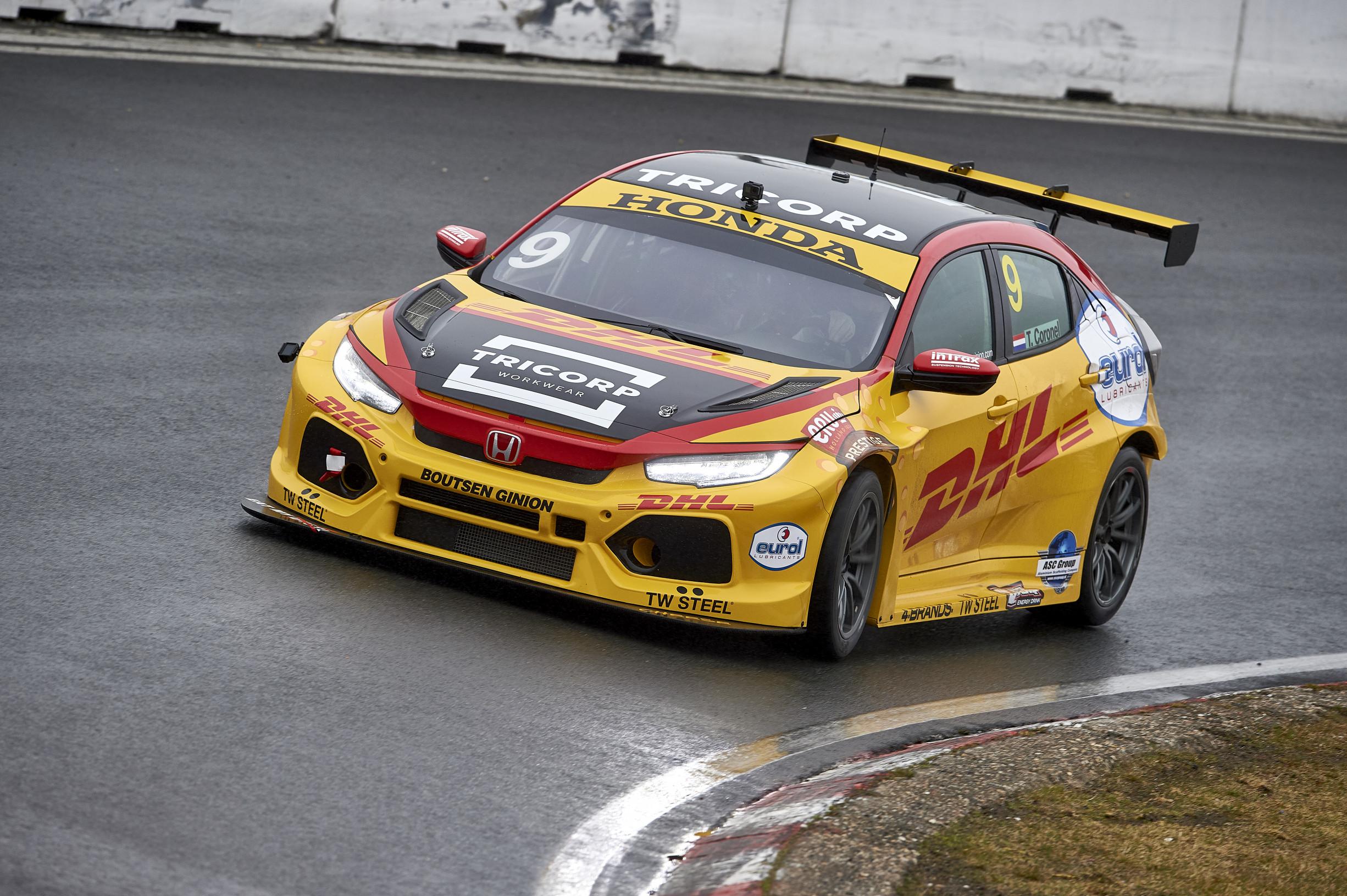 Honda Civic Malaysia 2018 >> Tiago Monteiro and Tom Coronel's 2018 colours on show at Zandvoort - TouringCarTimes