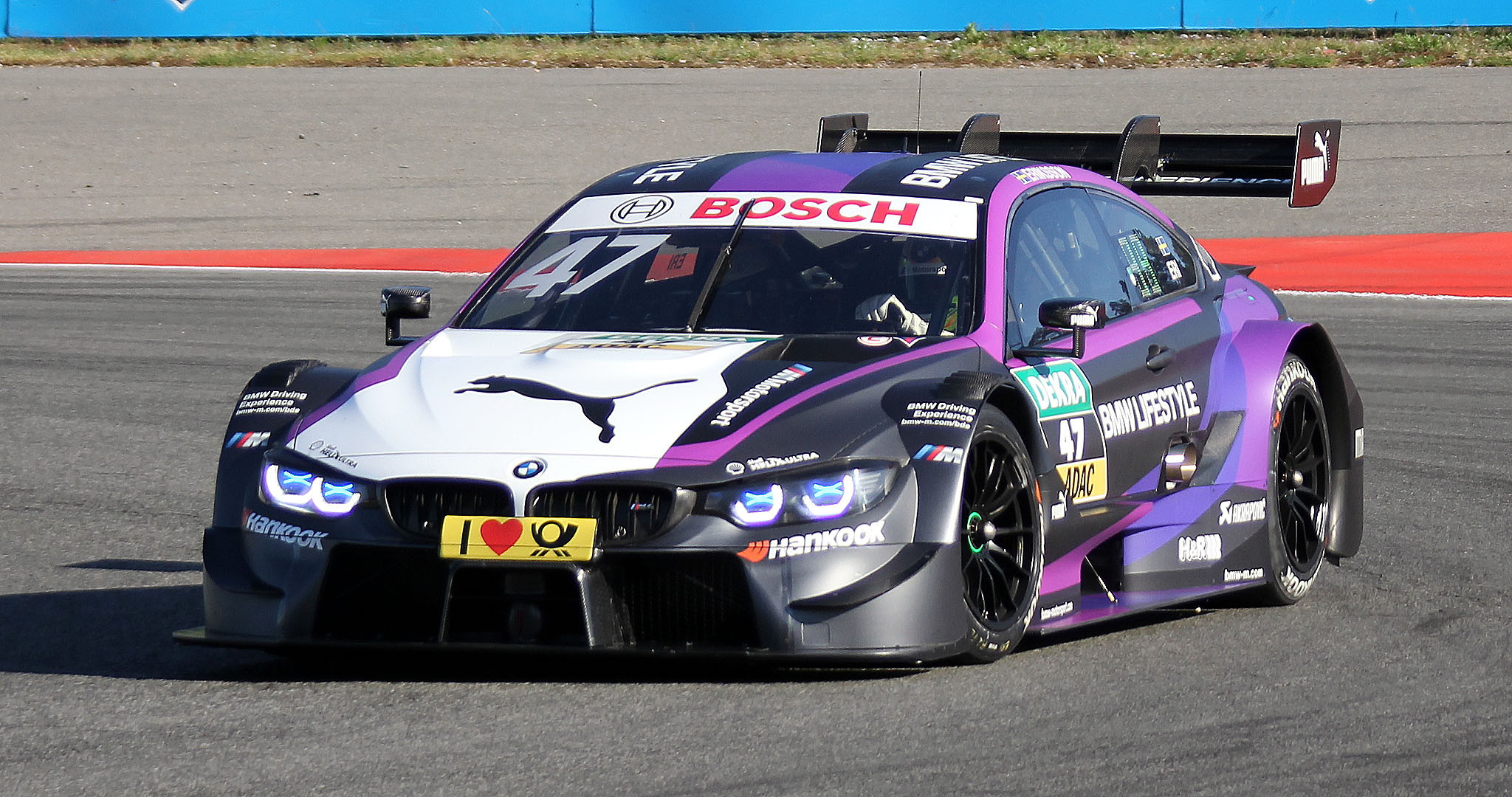 Bmw X Lm E likewise Bmw M M Performance Livery moreover Mclaren M B Chevrolet furthermore Bmw Seriestouring L Df E Ea B moreover Lola T Cosworth. on bmw touring race car