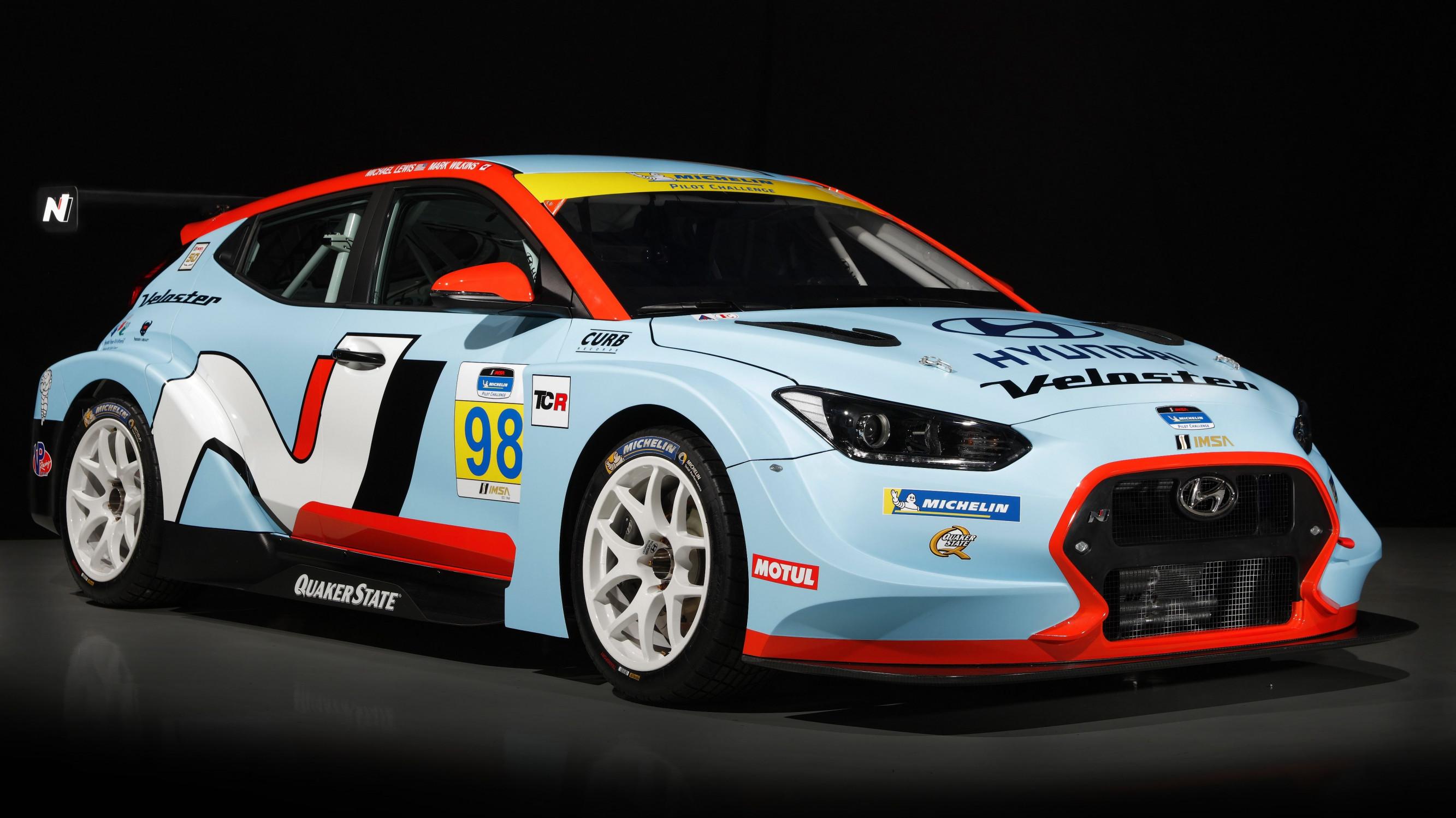 Hyundai Veloster Rally >> New Hyundai Veloster N TCR revealed at USA motor show ...