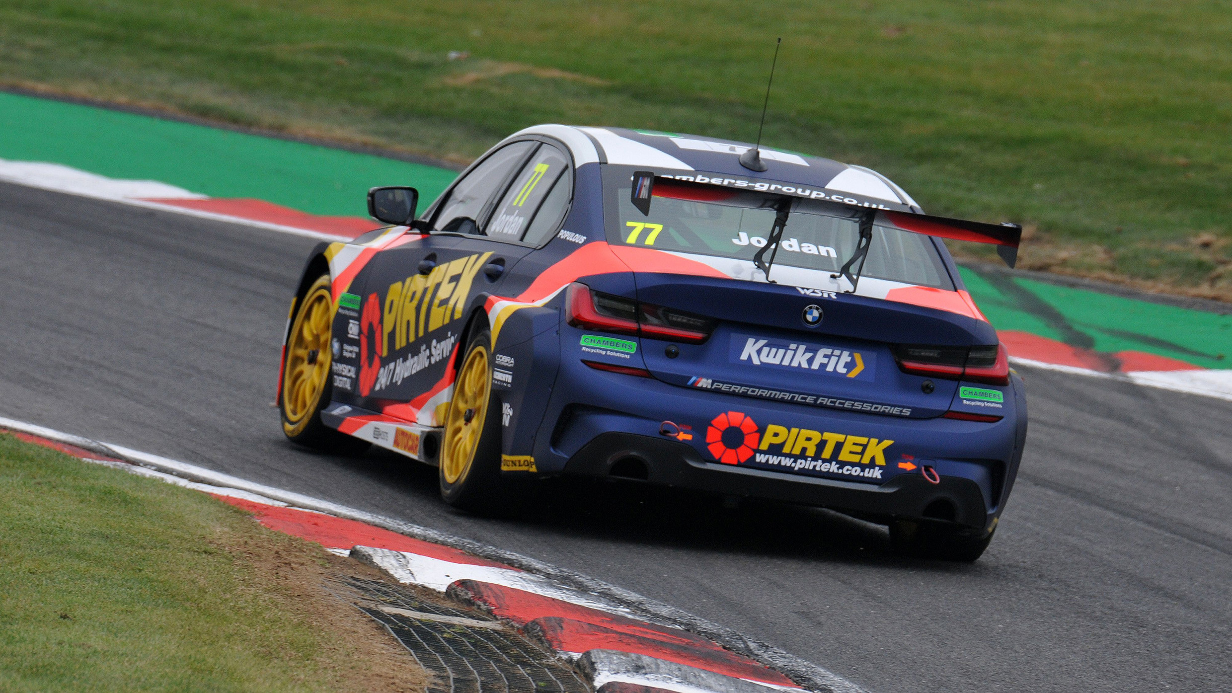 Accident In Surrey Today >> Andrew Jordan ruled out of rest of day at Donington Park - TouringCarTimes